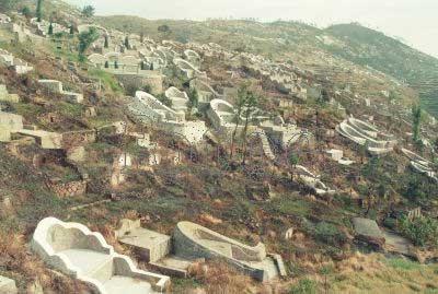 1999年12月28日,浙江温州苍南县龙港镇街景.
