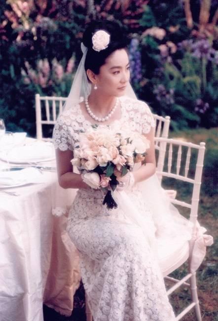 她美了一辈子,愿天下的女人都能像林青霞一样优雅地老去。