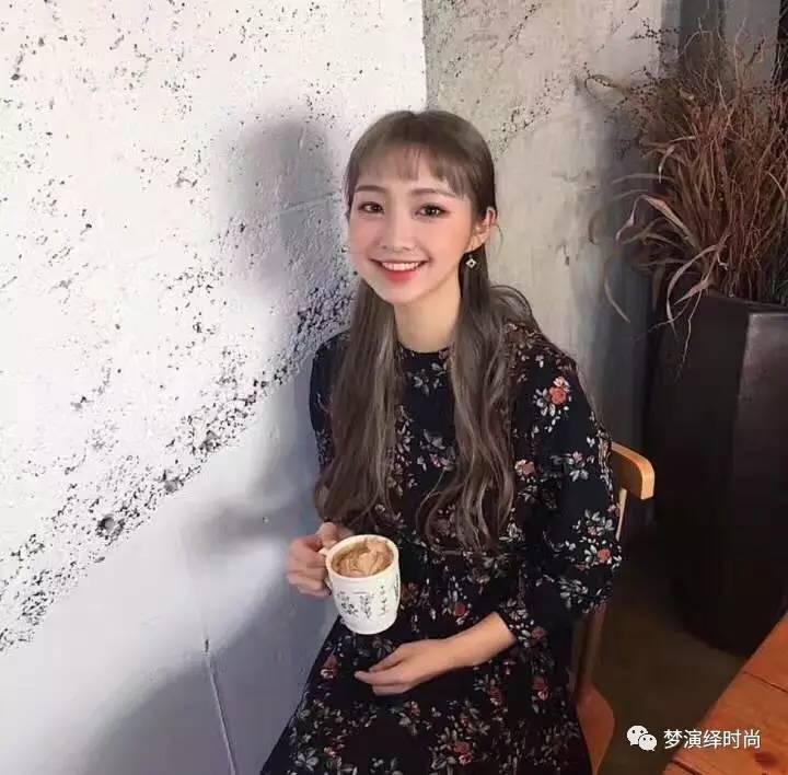 """2017流行""""二次元刘海""""图片"""