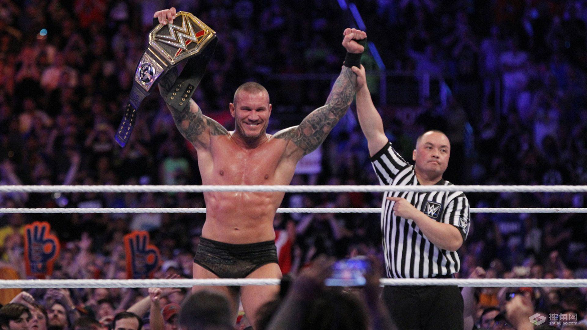 WWE 摔角狂热33战报 主战赛里出情怀 传奇精神屹立不倒