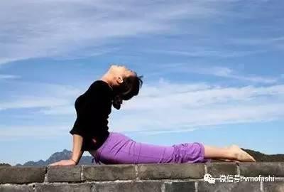 5好处多多的后弯体式瑜伽,每天弯一弯,推到男神不是图片
