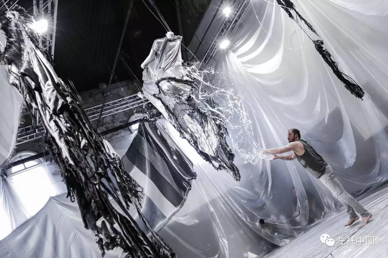 遇水即溶的未来时装震撼全场 ART 第6张