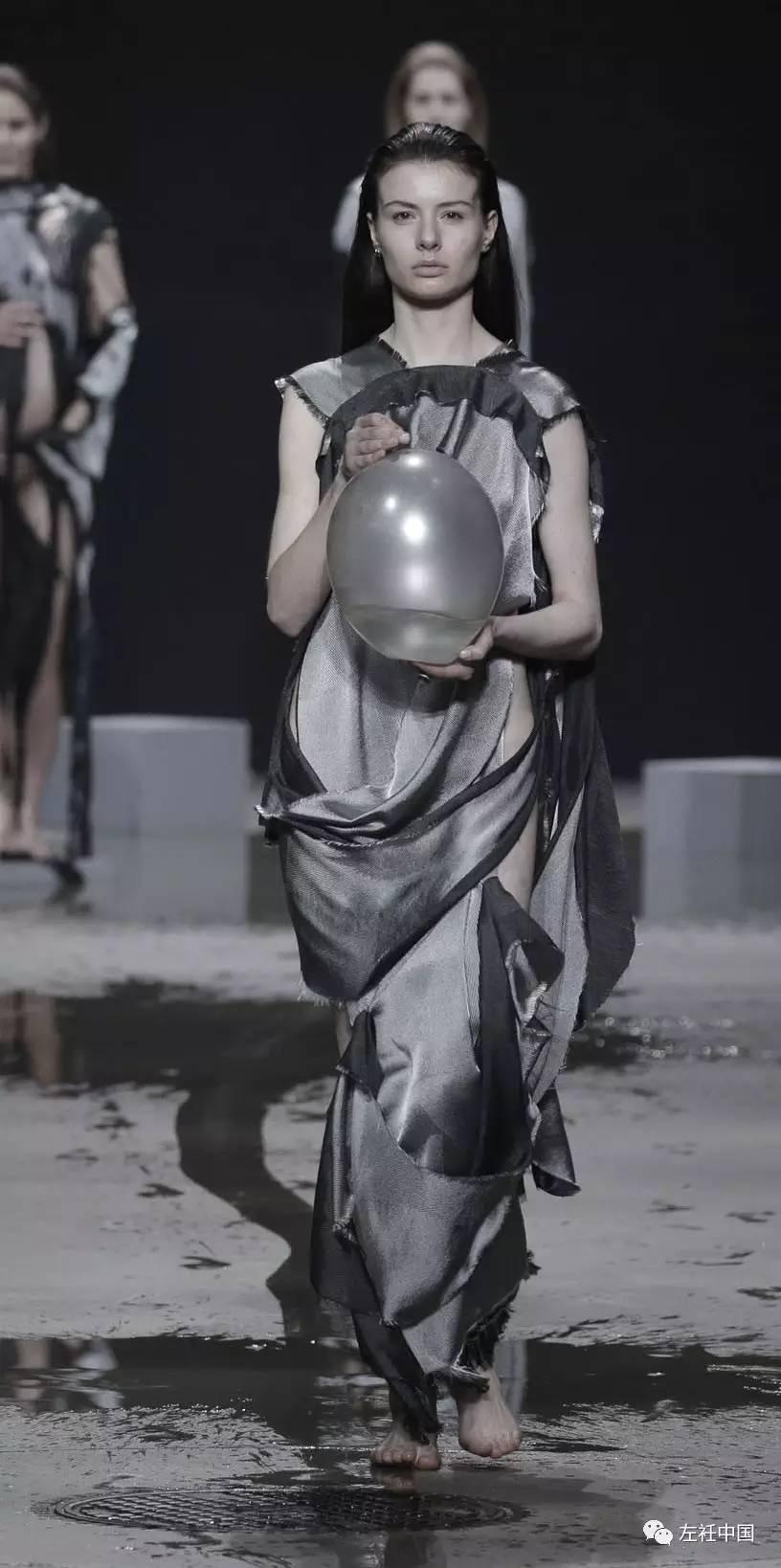 遇水即溶的未来时装震撼全场 ART 第22张