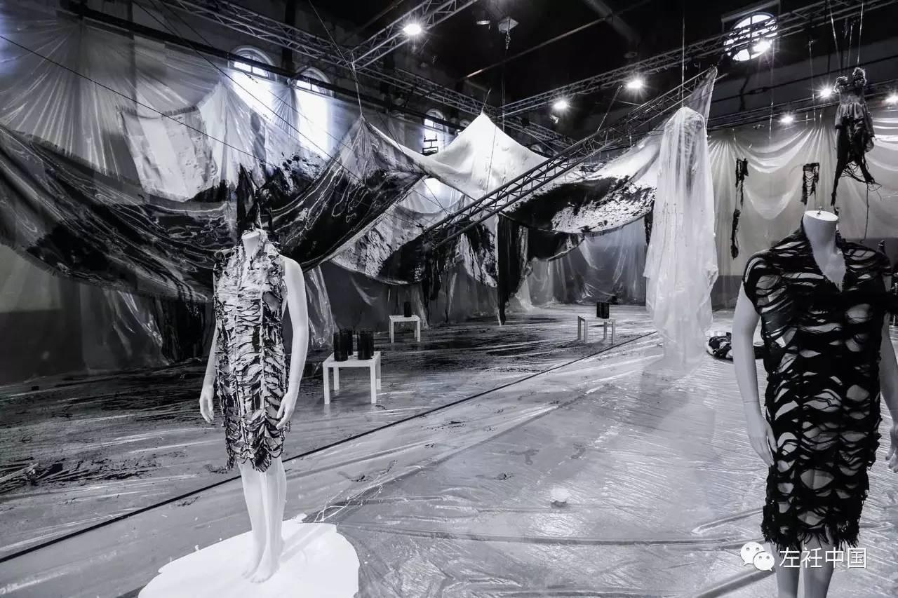 遇水即溶的未来时装震撼全场 ART 第13张
