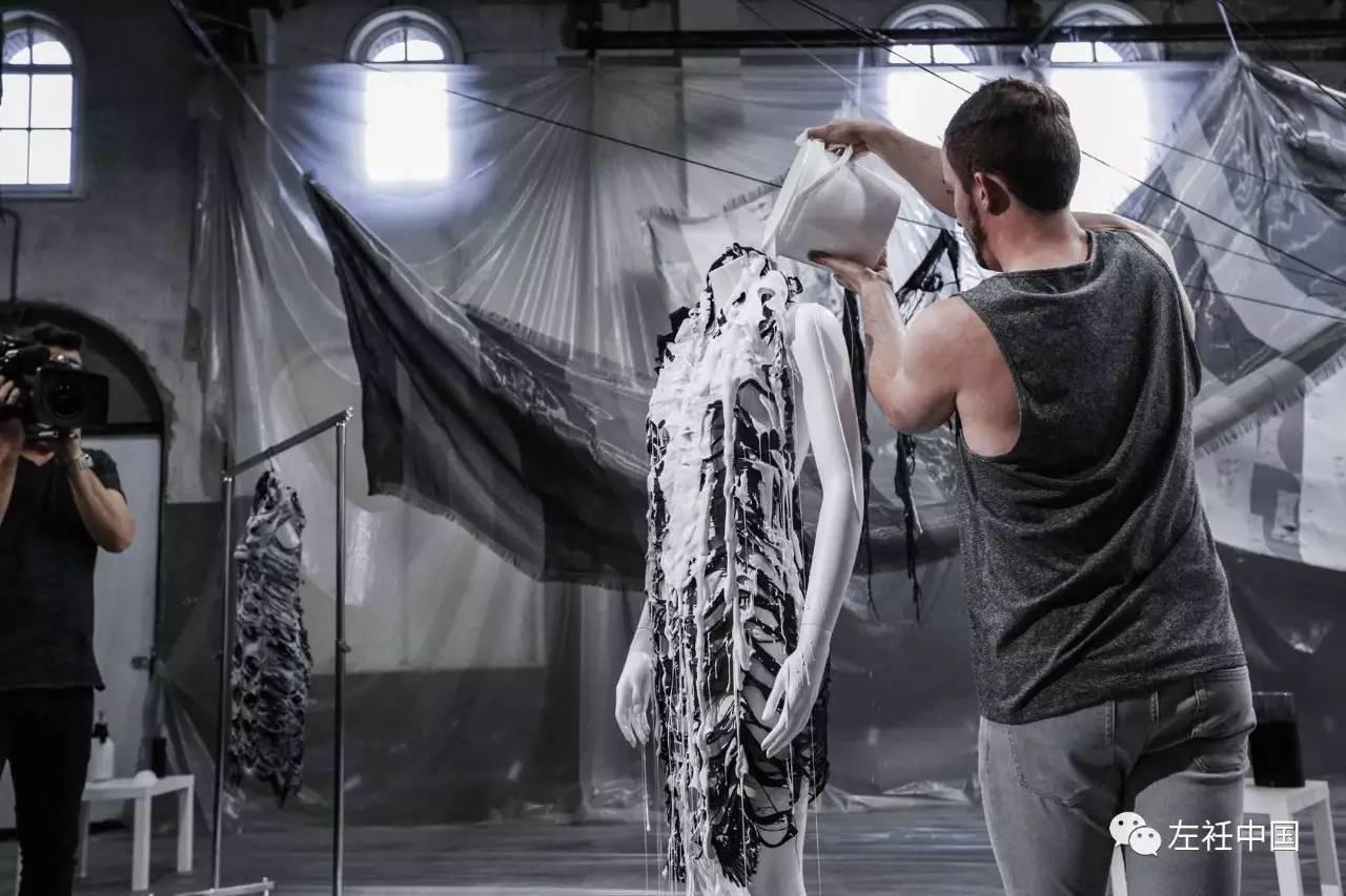 遇水即溶的未来时装震撼全场 ART 第4张