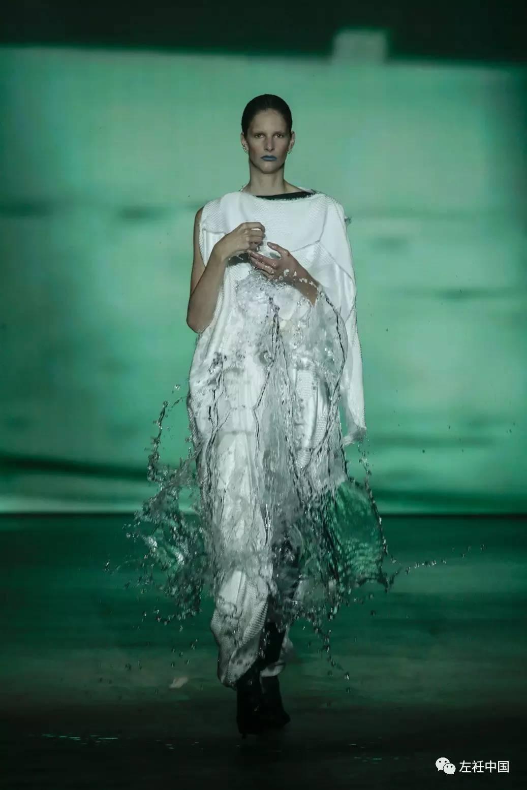 遇水即溶的未来时装震撼全场 ART 第53张