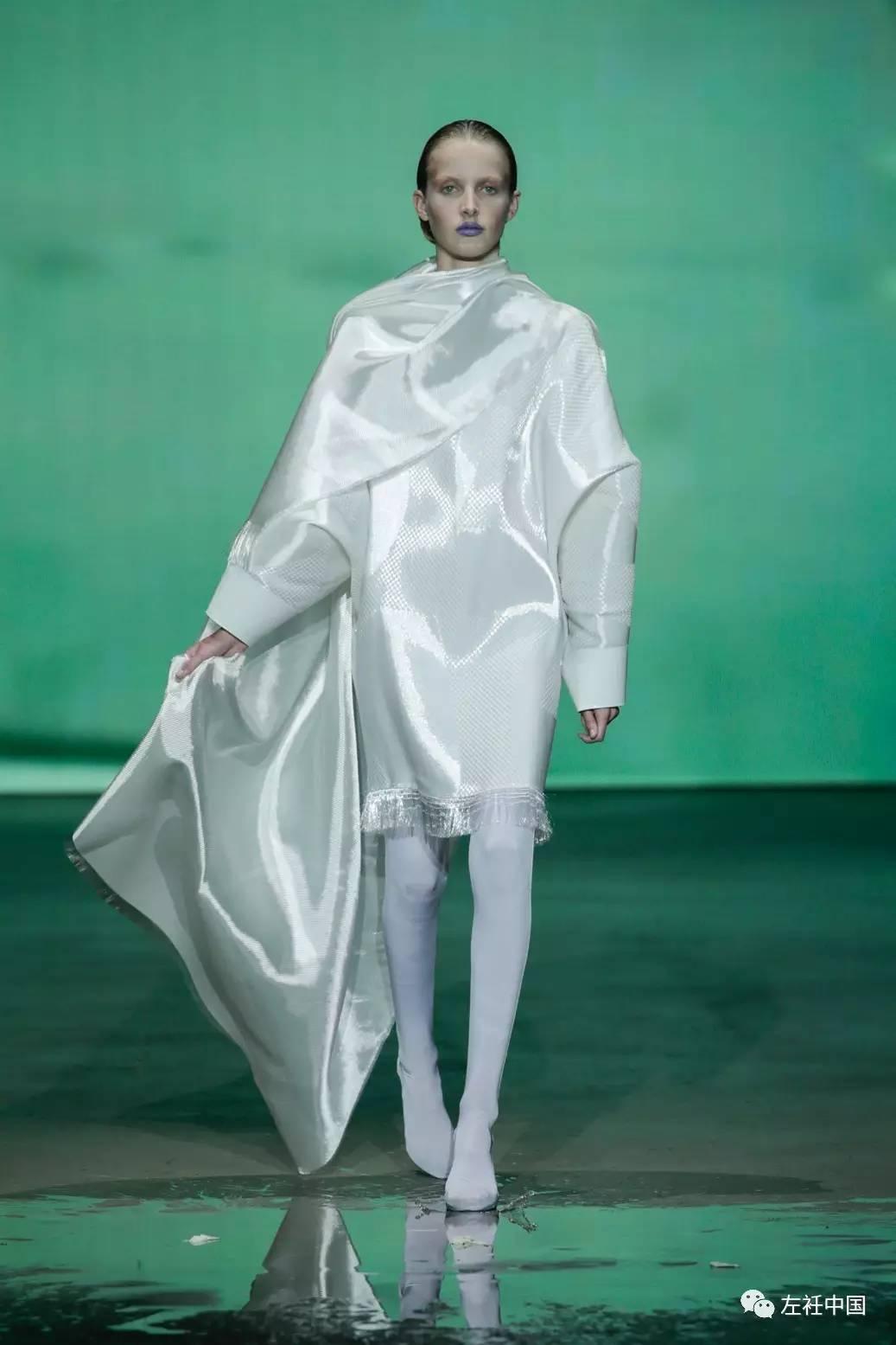 遇水即溶的未来时装震撼全场 ART 第56张