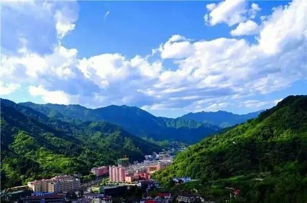 秦岭悠然山图片