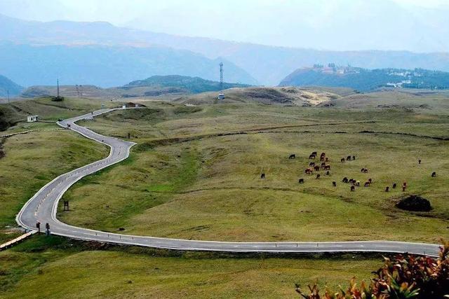 盘县各乡镇人口_盘县实现97 乡镇通油路 450个村全部通公路