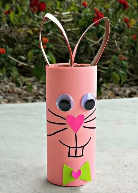 幼儿园环保手工制作,卫生纸筒也这样美!