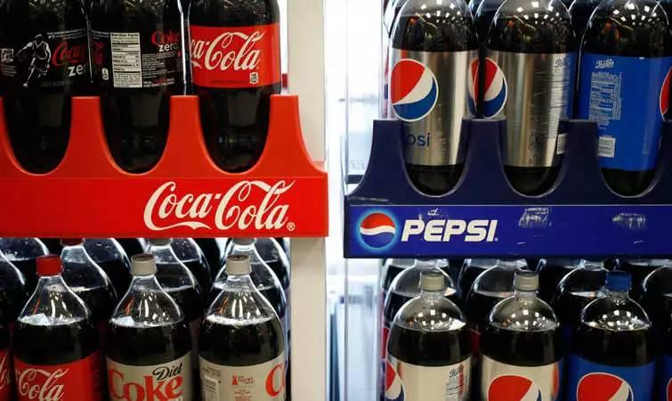 百事可乐不是可乐可口和百事打了超过 80 年这场战争什么变了什么