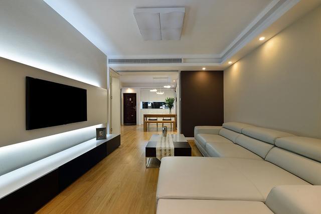 白墙简单电视墙造型