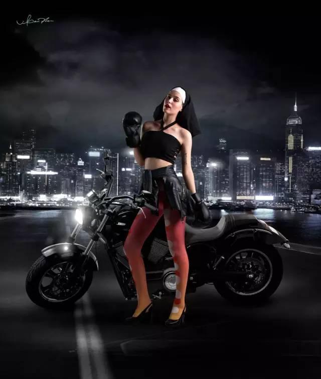 今年最时尚的它将引领中国女性进行一场腿上!