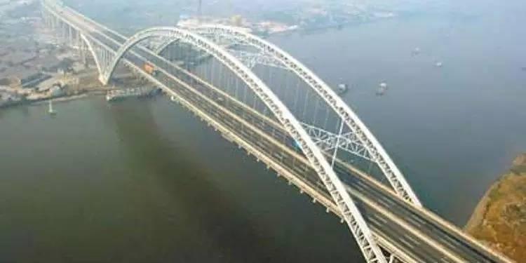 髻沙大桥西往东方向施工易堵 如何绕行看这里高清图片