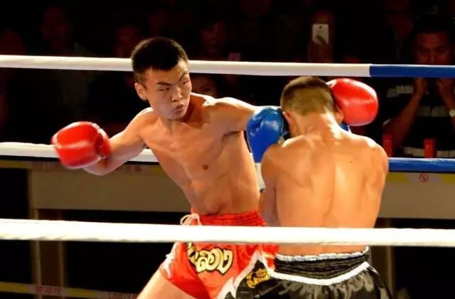 武林风丹�c9���(�yk�z-'_河南电视台武林风明星拳王五国争霸赛---禹州站!