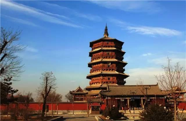 齐云塔,建于公元1175年(金国世宗大定十五年重修),位于河南省洛阳市