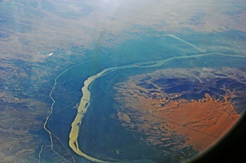 航拍埃及尼罗河,震撼的大地艺术 --穿越时空之旅(二)