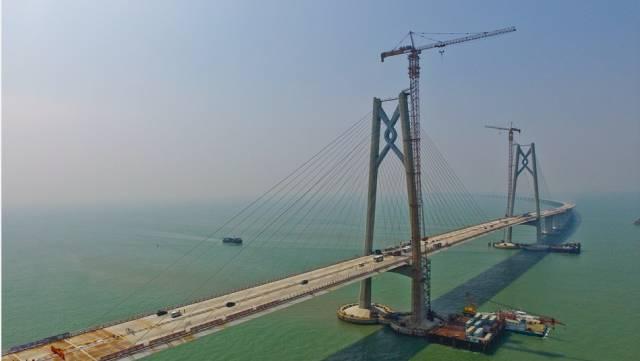 什么鬼 有人说珠港澳大桥以后很可能成为一座空桥