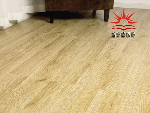 PVC免胶地板 更懂生活的家居地面