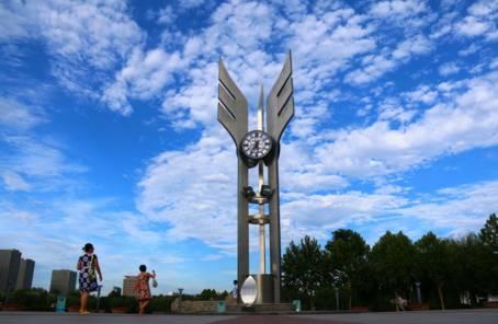 位于石家庄市区东南部   是国务院批准的省会发展的主导方向和重点区高清图片