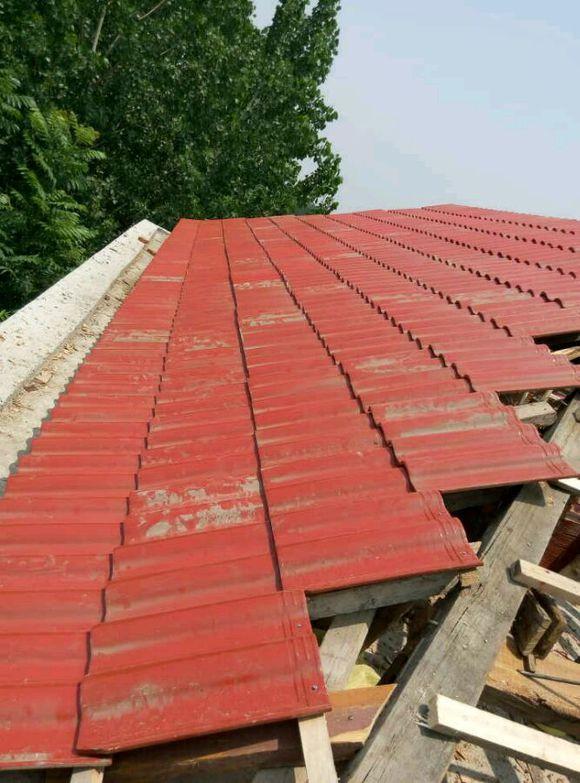 正在的别墅,样子盖瓦中.屋顶ap华为使用图片