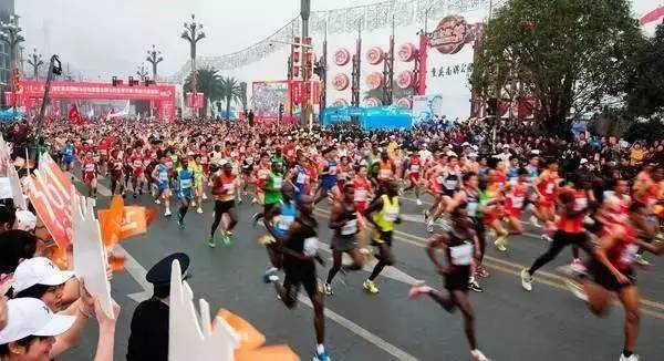 2017南昌马拉松图片 2017南昌马拉松图片大全 社会热点图片 非主流图图片