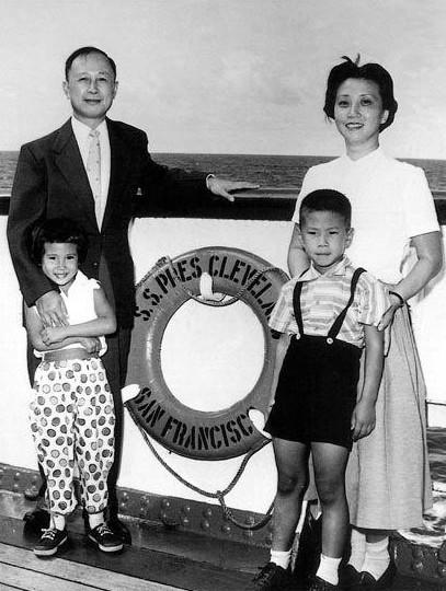 西哈努克亲王:    李双江和蒋英:   李双江和蒋英在1960-1963