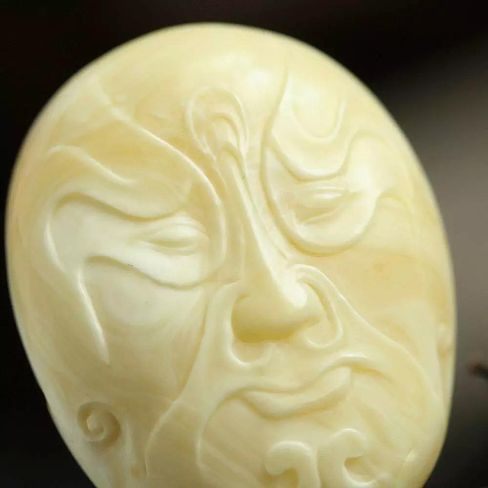 教你怎么挑选琥珀蜜蜡雕件,值得收藏!