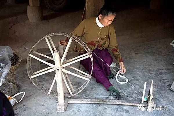 外婆的纺花车图片