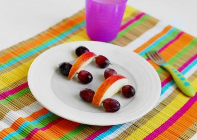 9个精心给宝宝准备的创意水果拼盘,专治各种挑食图片