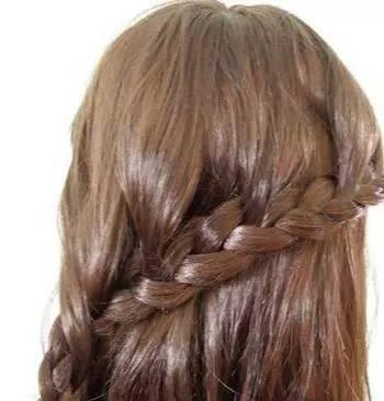 发型:蜈蚣辫编发教程(图解)