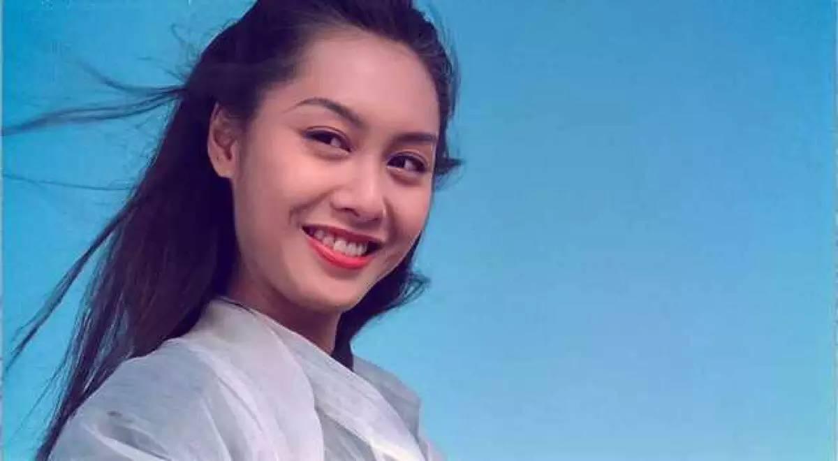 """朱茵饰演的""""紫霞""""无法超越,那一眨眼一回眸,一滴泪一段情,都深深的刻图片"""