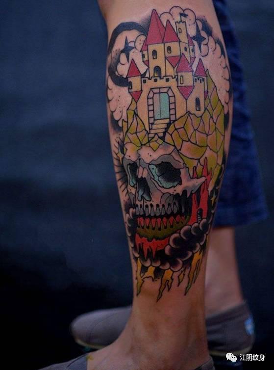 欧美系的小腿纹身素材图片
