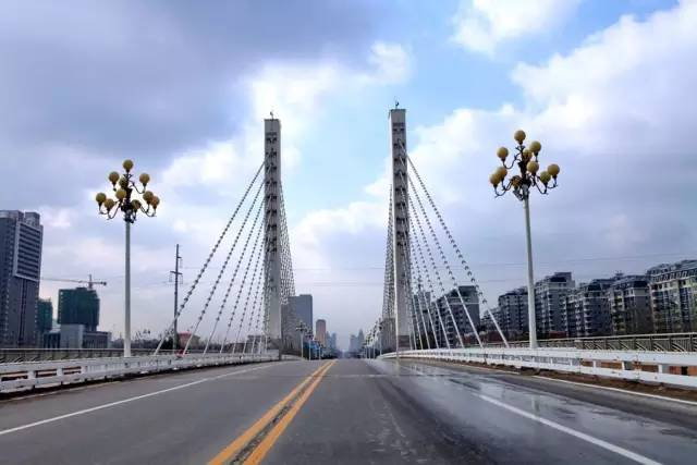 潍坊各县gdp_最新发布 山东17市GDP排名出炉,快看济宁第几名