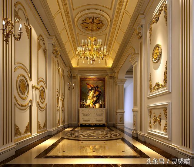 金碧辉煌的皇家欧式,墙面和顶面的雕花惟妙惟肖
