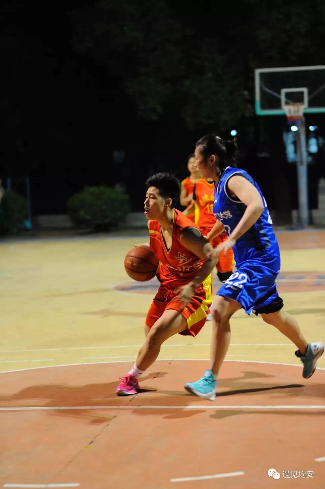 精彩速递 均安女篮首战安徽工业大学女篮争夺 星槎杯图片