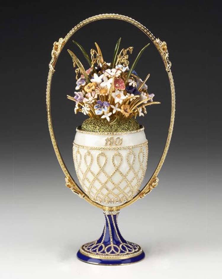 Resultado de imagem para basket of flowers fabergé egg
