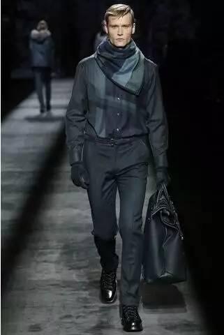 2019年男装销售排行榜_Brioni 米兰2016春夏系列男装秀