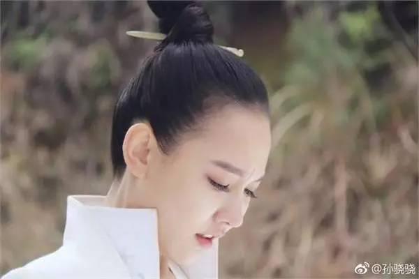 孙骁骁版白素贞被吐槽抄袭白浅造型 一句话回应显情商图片