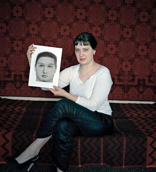 俄罗斯图片不不到自己男友国家为找喜欢美女男人狗栓链被美女图片