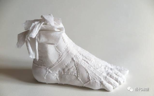 棉布脚雕塑