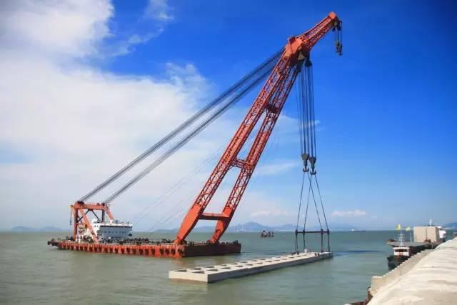港珠澳跨海大桥年底前可通车,珠海到香港只需半小时车程,多项工艺