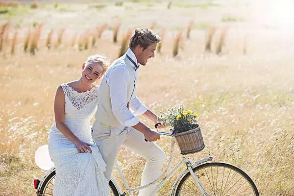 献给结过婚、离过婚、想离婚、没离婚、想结婚、没结婚的人