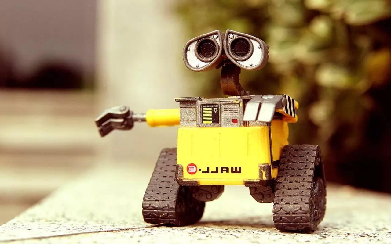 全球首款超智能旅行机器人将面世,外形酷似