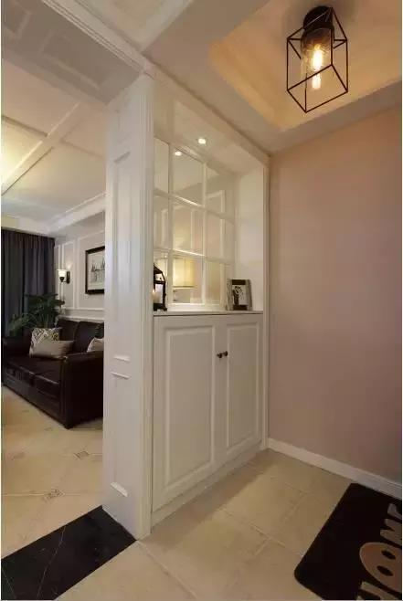一进门左边是客厅右边饭厅玄关如何设计图片