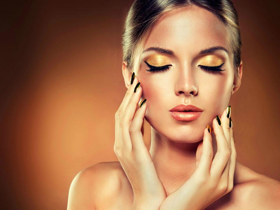 无论什么皮肤这四款粉底让你瞬间拥有无暇光泽肌