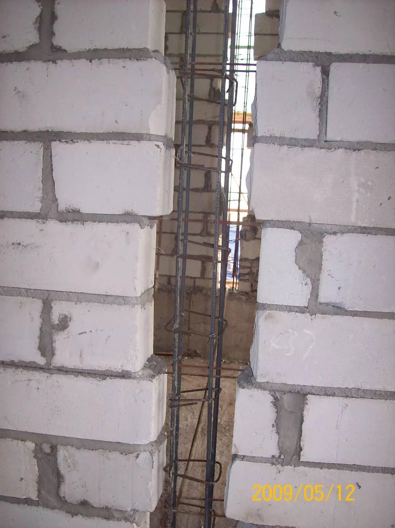 请问二次结构中,构造柱,水平系梁,过梁里的钢筋搭接和