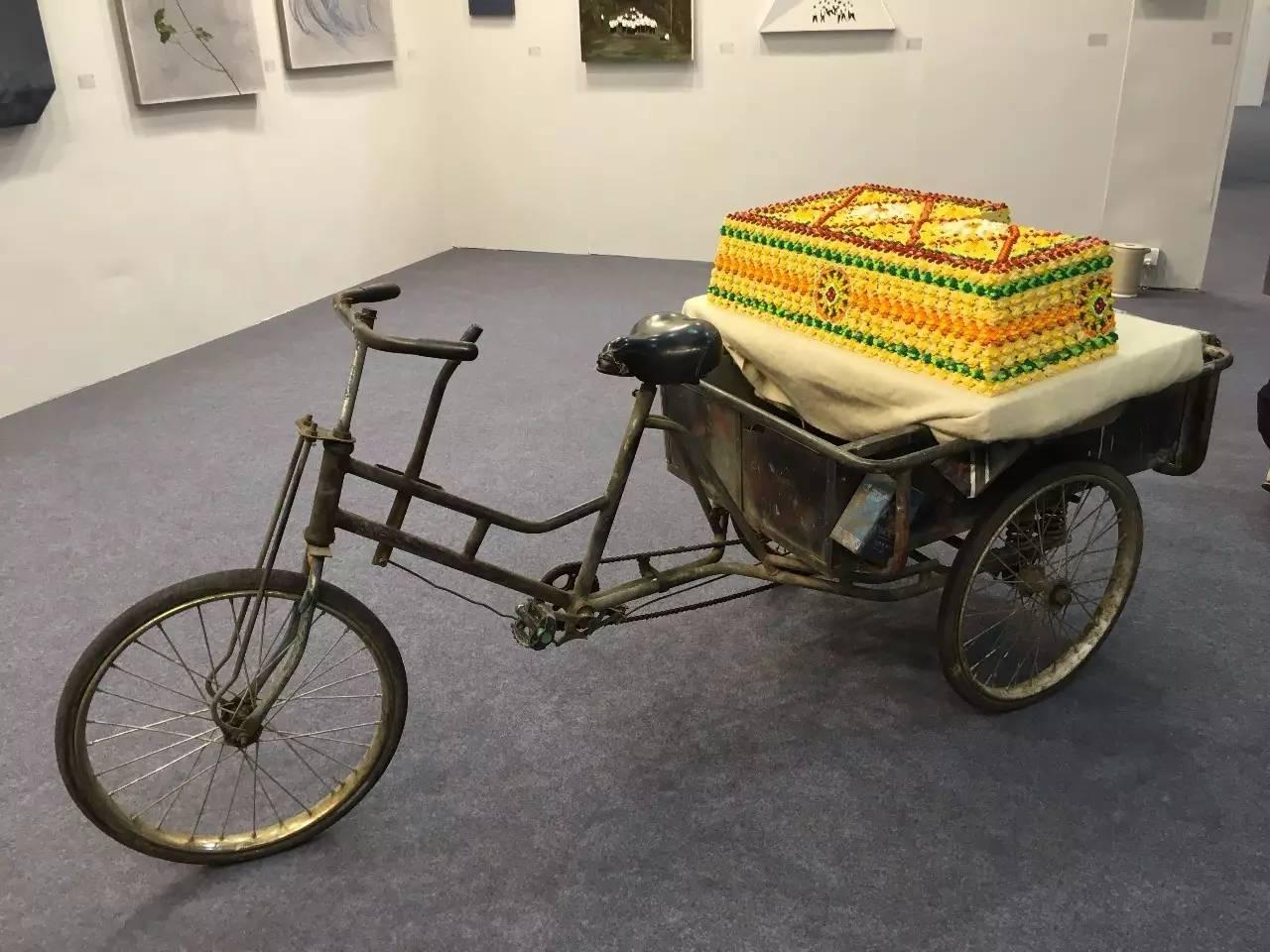 张哲溢-《切糕》-92×53×23cm-loz积木颗粒 人力三轮车-2016