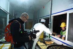 以色列国家电视台首次赴华拍摄 来到中建二局