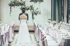 森系婚礼 | 芭蕾元素与美妆时尚,碰撞出特别的森系风图片